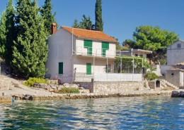 Rybářský dům Janja 6 + 2, záliv Bizikovica, ostrov Žut