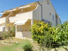 Apartmaji Gordan 2 + 2, 4 + 2, Otok Murter-Betina