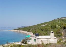 Maison de pêcheurs Milin - Maison en pierre au bord de la mer sur l'île de Murter