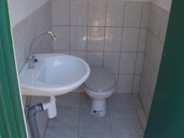 fishermen house agata-bathroom